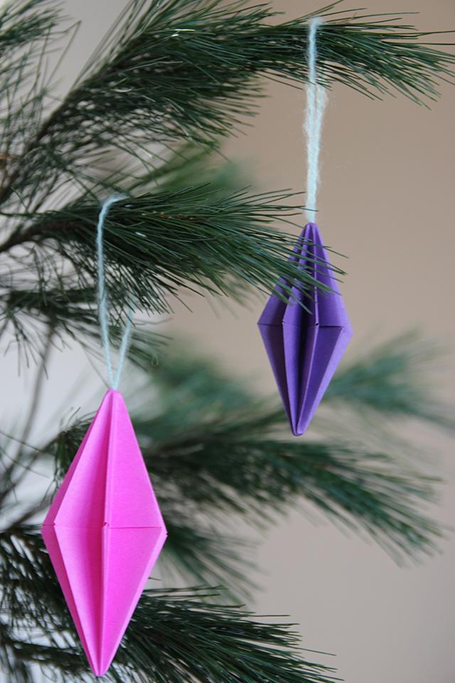 kerstballen-maken-van-papier