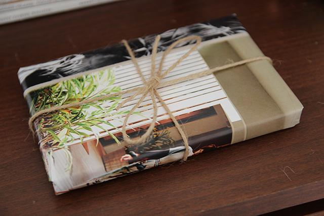 inpakken-met-papier-uit-tijdschriften